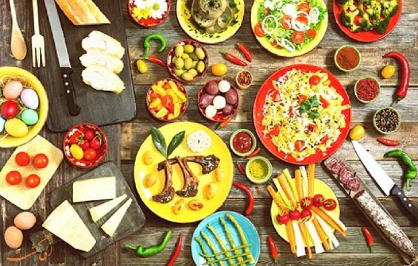 کافه رستوران آبنبات چوبی کیش و انواعی از غذاهای بین المللی